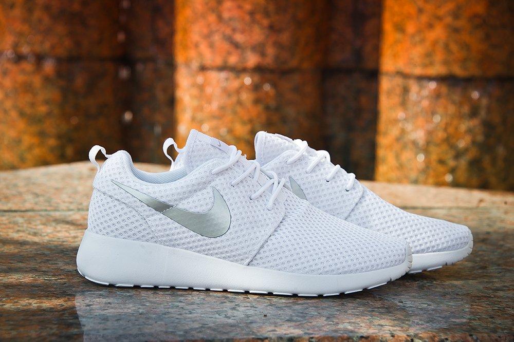 d7527135d4d5 Купить мужские кроссовки Nike Roshe Run в интернет магазине