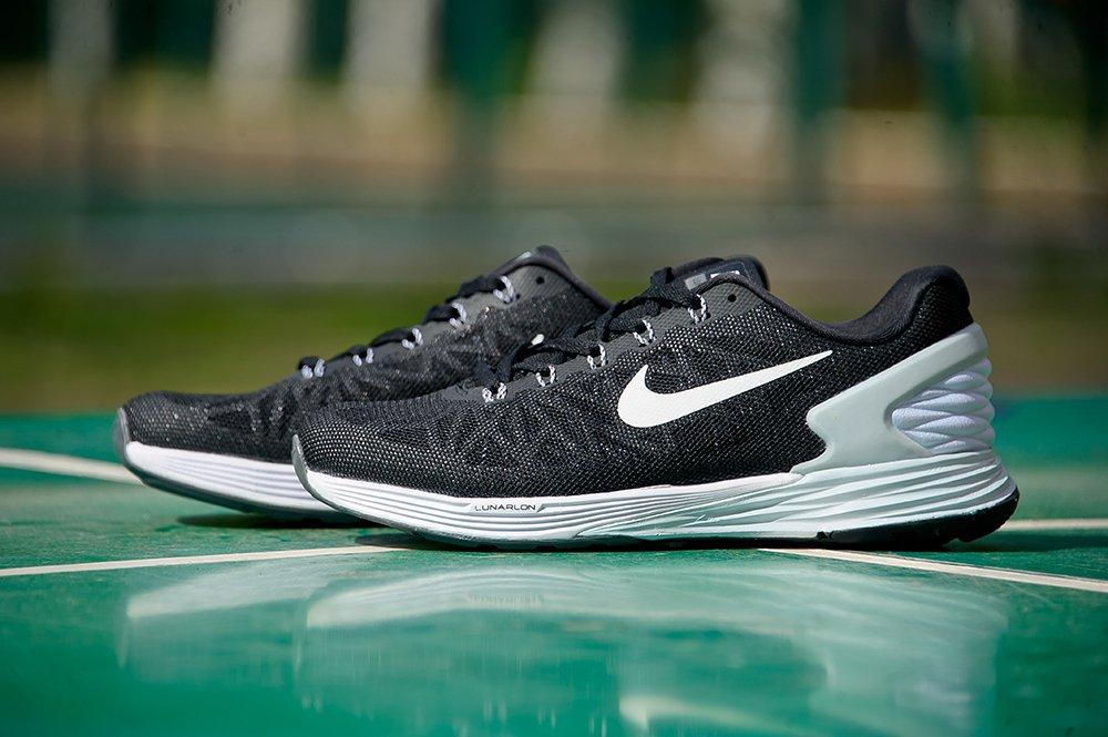 Купить мужские кроссовки Nike Air Max 90 Lunar в интернет магазине ... e4e5f80a7ff9c