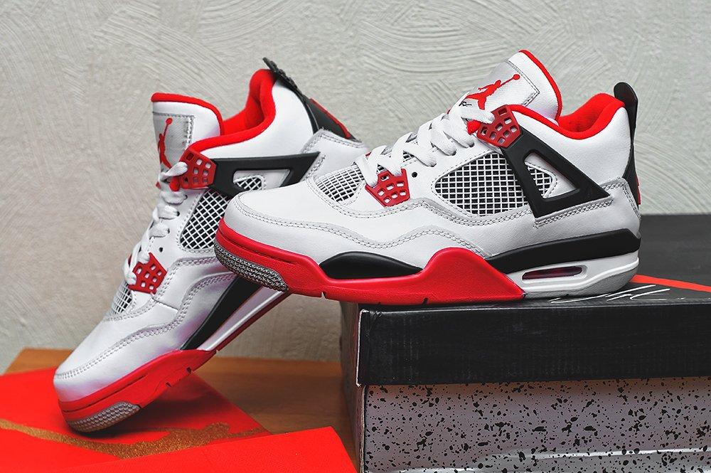 963a855e мужские кроссовки Nike Air Jordan 4 Retro White / Varsity Red / Black  (артикул 4661