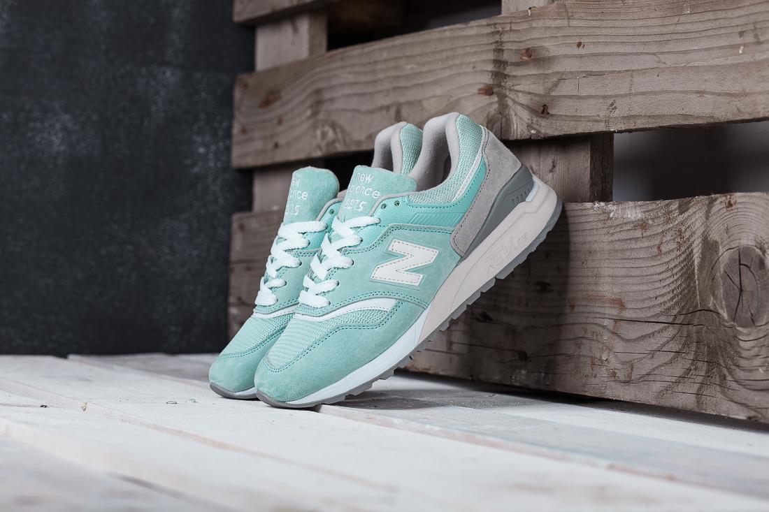 Купить женские кроссовки New Balance 997.5 в интернет магазине  a98f9d14470e5