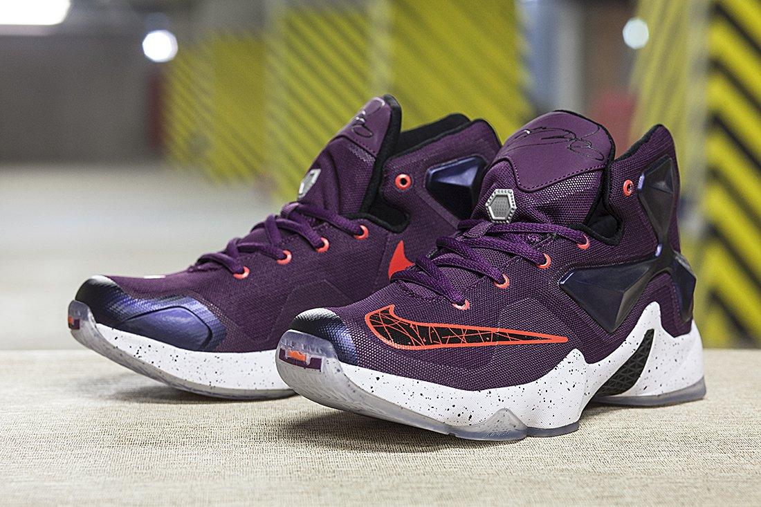 Купить женские кроссовки Nike Lebron 13 в интернет магазине   RESTOKK fe10572c015