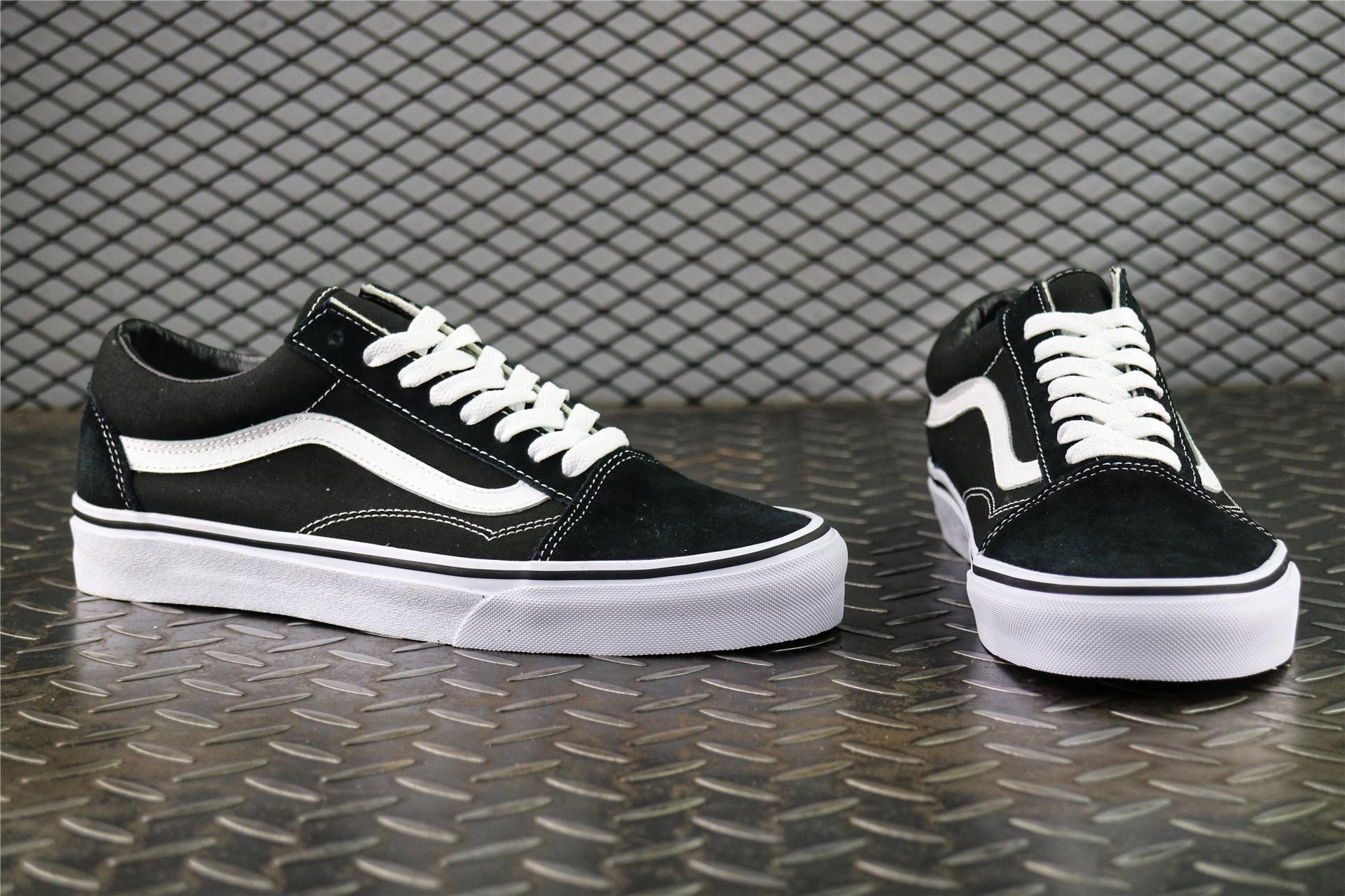 f48c29a286be Купить мужские кеды Vans Old Skool Black   White  Gum в интернет ...